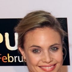 Leah Pipes Photo